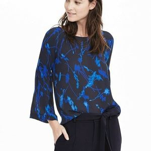 Banana Republic floral bell sleeve blouse size xs